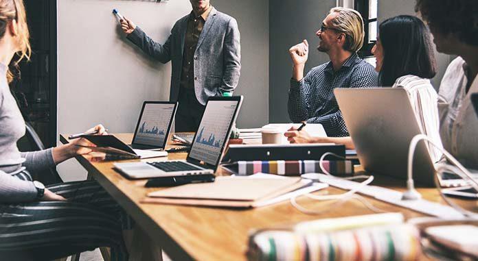Coaching a mentoring - czy to to samo?